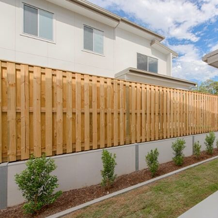 timber fence installer, timber fence designs gold coast