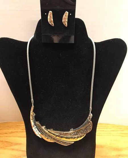 jewelry, earrings, necklace