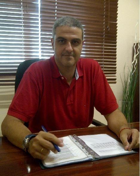 El psicólogo cognitivo-conductual Julio Flores Álvarez