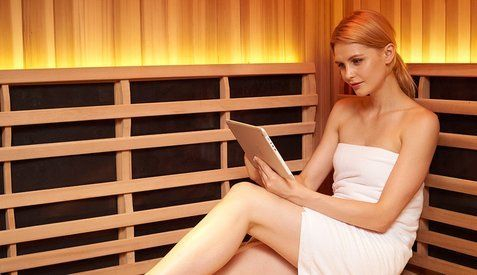 detoxify, loose weight, Infrared Sauna at Lighten Up Laser therapy and Colonics in Comox BC.