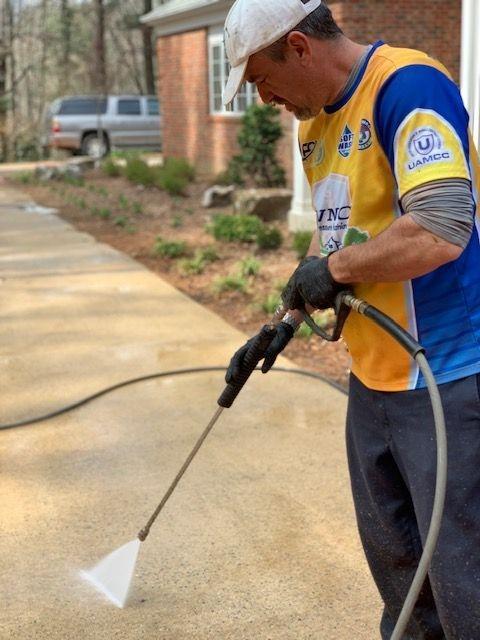 concrete pressure washing Asheville