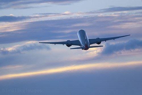 Hopkins Airport transportation