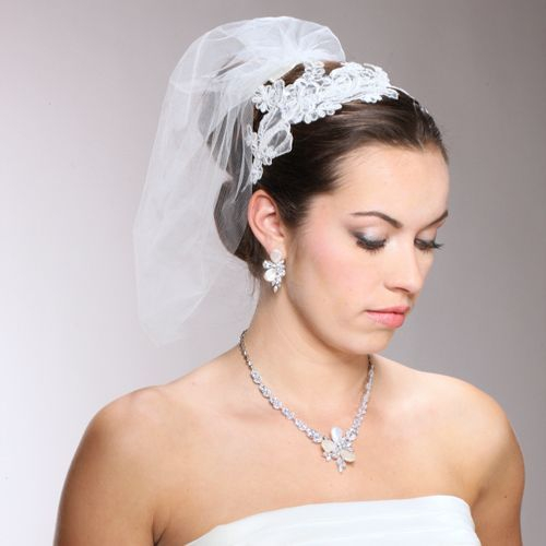 Veil and Necklace Earring Set