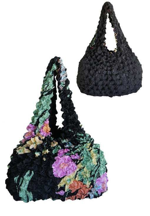 BagP-109 Outside Black Pastel Floral Inside Black