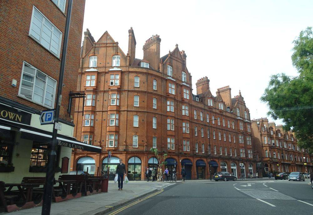 redbrick buildings london ,apartments in london ,m25 uk's busiest motorway ,hyde park ,london united kingdom, walking on a fine autumn day in london, british & far east traders