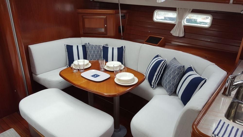 Beneteau yachts, Newport Yacht Interiors, custom yacht cushions