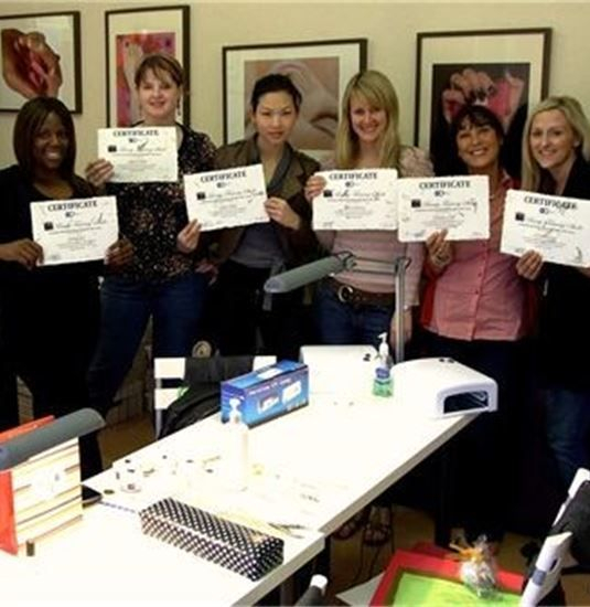 hair extension courses London -Certificates