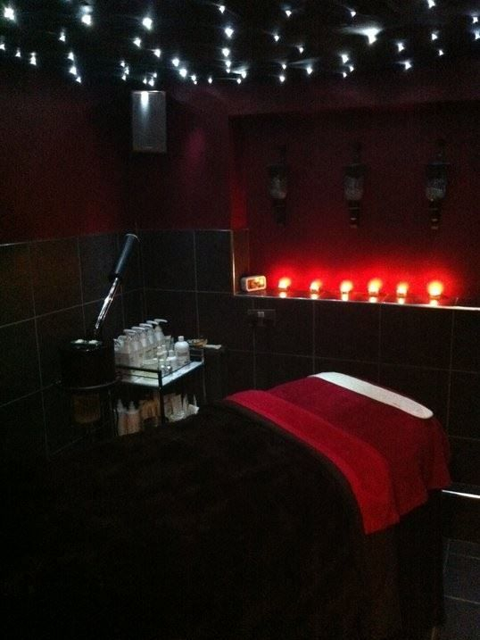 Facial room relaxation