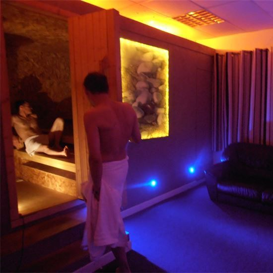 Picture of two men in I-Kandi's  sauna