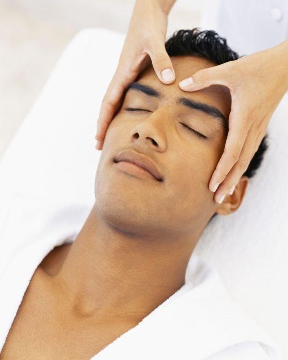 Massage, essential oils, scalp massage, aromatherapy, spas near me, wellness, wellness retreats, retreats