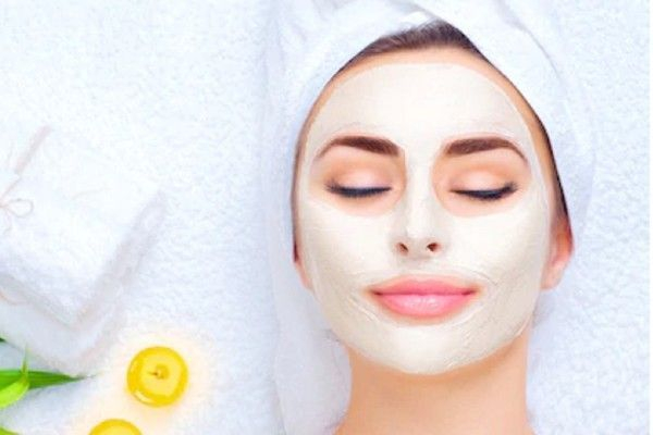 Woman enjoying Calming Facial at Facial Studio Brighton