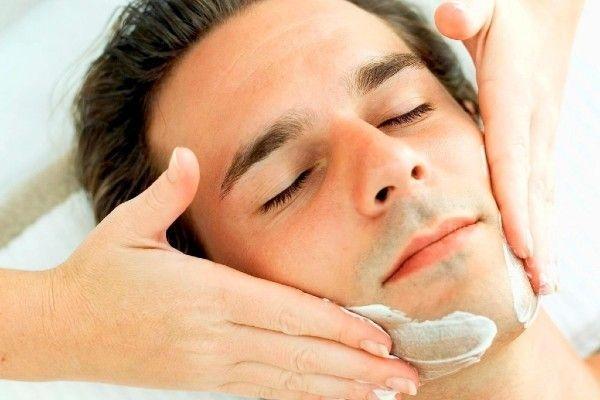 Man enjoying Gentlemen pampering package at Facial Studio Brighton