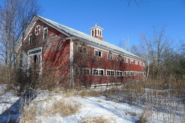 Stark Barn circa 1786 Dunbarton, NH