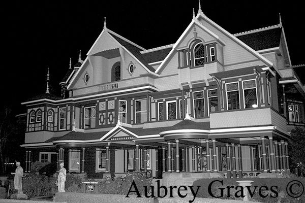 Winchester Mystery House ghost stories