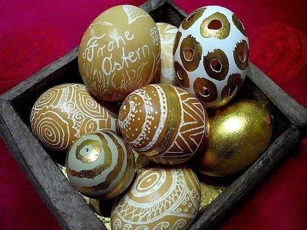 Eier gravieren und vergolden