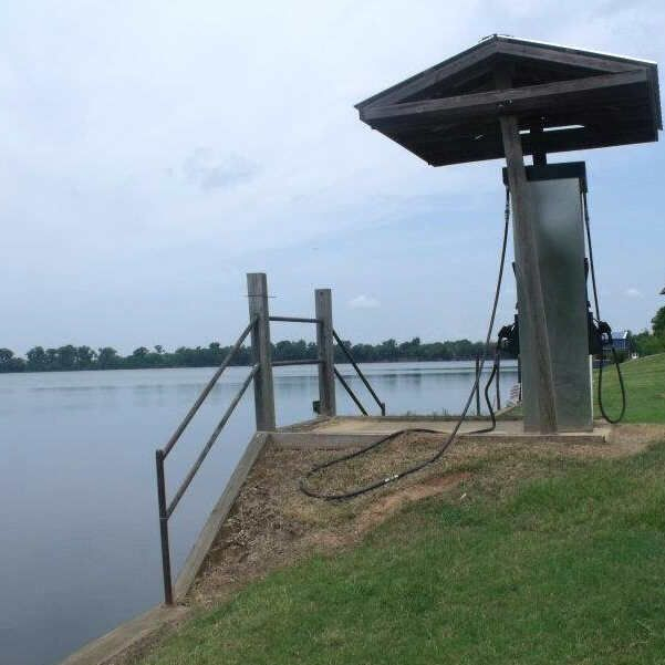 fuel, gas, non-ethanol, Natchitoches, boat, boating, river, dock, red river