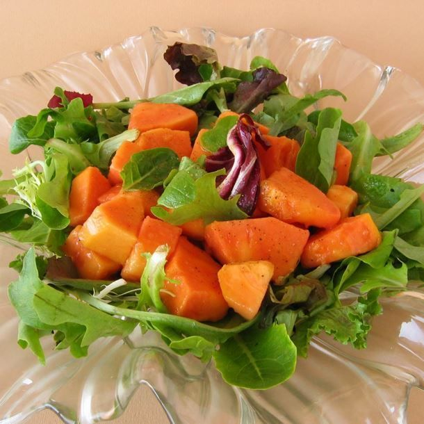 i106284-salade-de-papaye-et-mesclun