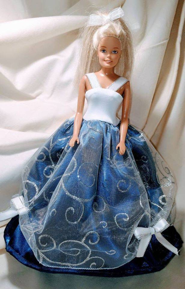 Barbie Gowns, Barbie Ball Gowns, Barbie Party, Barbie clothes, Fashion Doll clothes