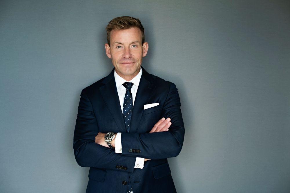 TV presenter and politician Dr. David Bull