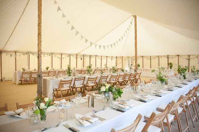 Contemporary Frame marquee with ivory lining