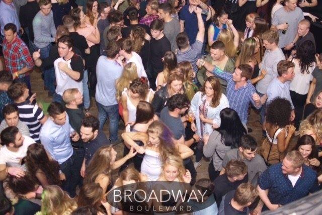 Broadway Boulevard, Llandudno on a busy Saturday with Glynn Tee - Professional DJ - Club DJ.