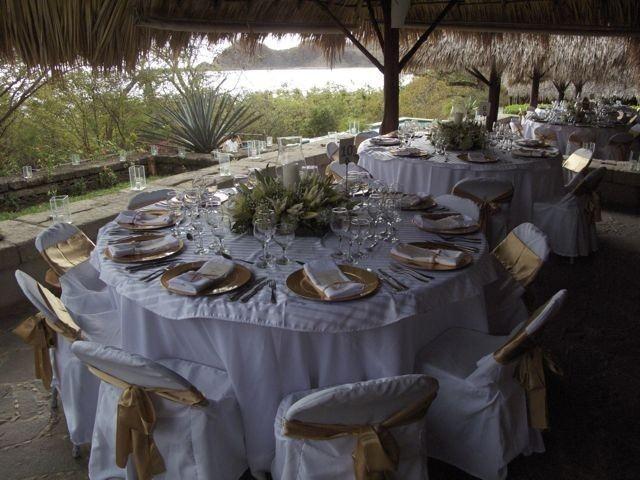Decore Option - Catering Plated Menu www.WeddingsNicaragua.com