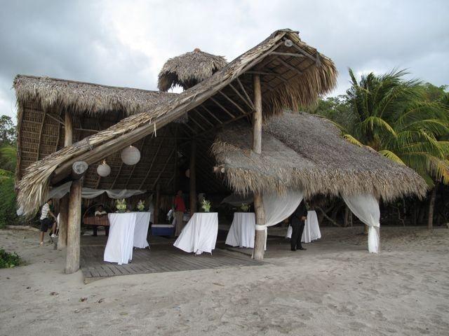 Decore Option - Beachfront Cocktail Hour Wedding In Nicaragua - www.WeddingsNicaragua.com