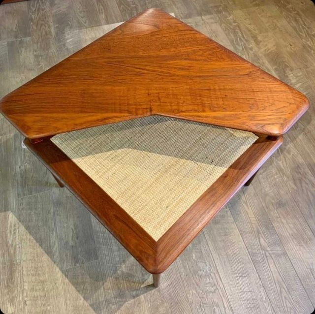 Minerva Corner Table by Peter Hvidt & Orla Mølgaard-Nielsen for France & Søn
