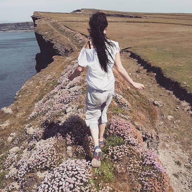 wild atlantic way county clare, kilkee cliffs