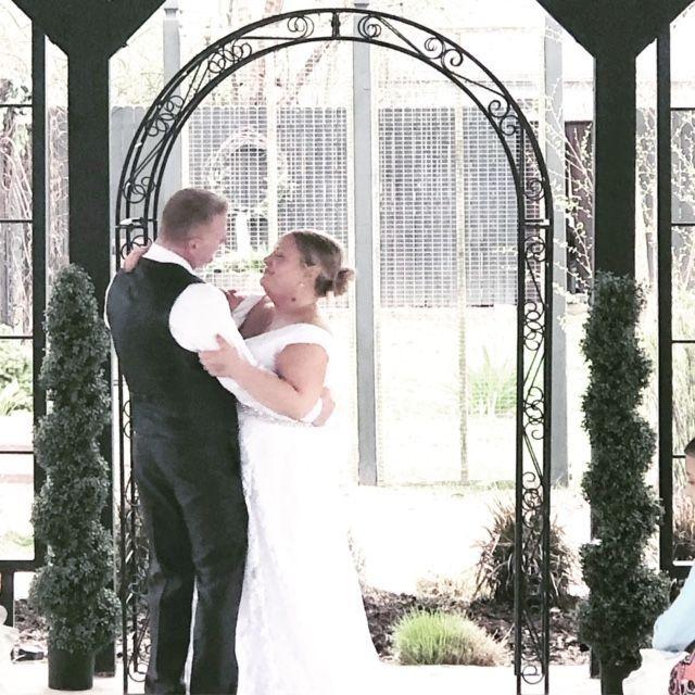Elopement  St. Louis  Elope  Small Wedding  Micro Wedding  First Dance