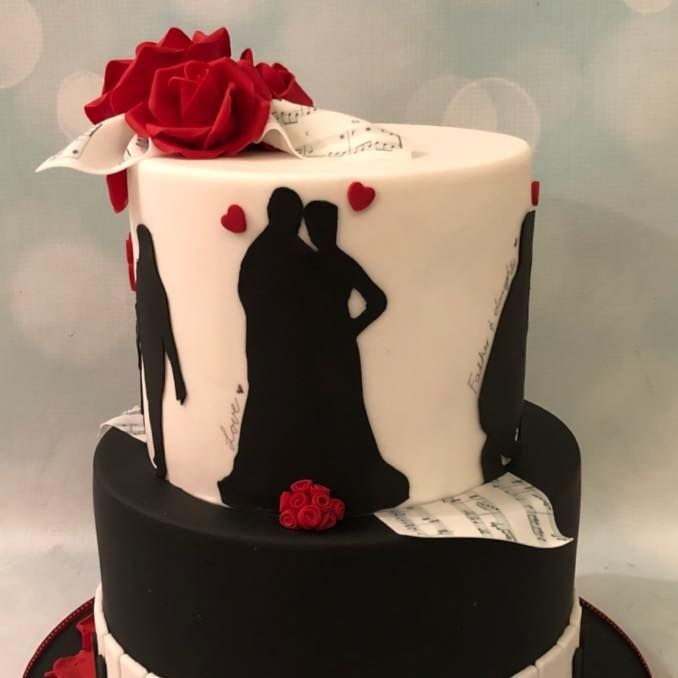 Silhouette Story Piano Black Red Roses Birthday Celebration Novelty Cake