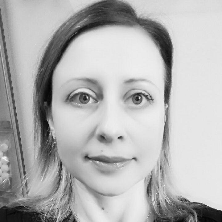 Sasha Katsova, Barrhaven Aesthetician, exhalo spa staff