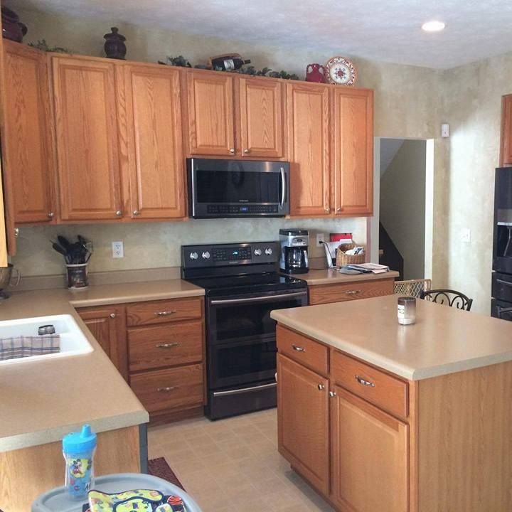 Cabinet painting, cabinet painter, cabinet refinishing, cabinet refinisher, Cincinnati, Ohio