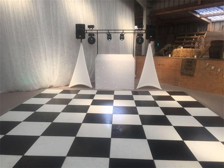 Southport DJ, Glynn Tee, silver DJ Package set-up for a Wedding Reception at Warren Farm, Formby