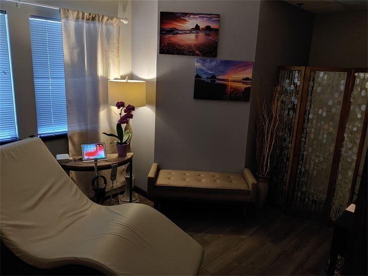 Spa-tique Madison West sound healing
