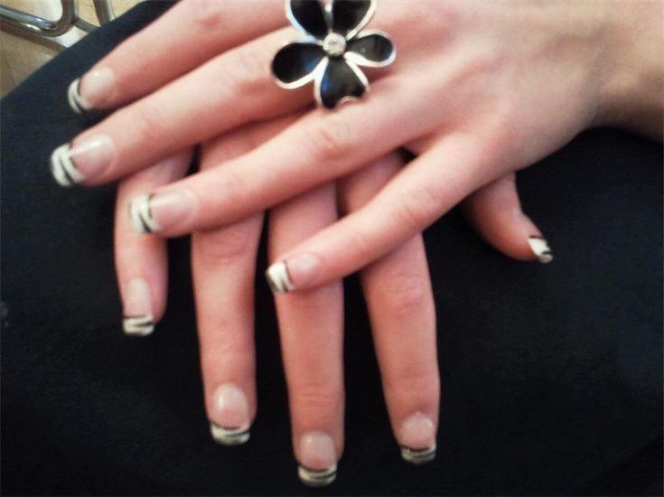 Pose d'ongles (faux ongles) bellamine esthétique saint-quentin