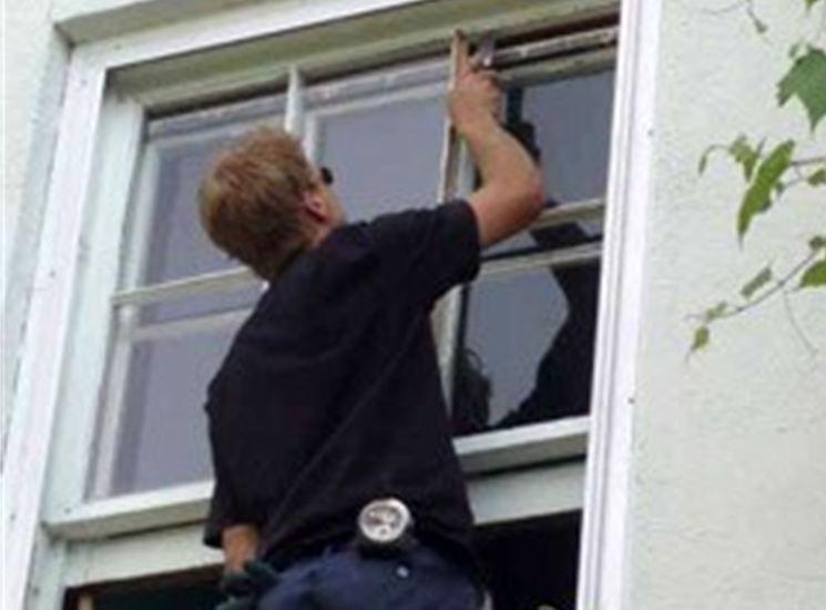 Call us for home window repair philadelphia. we can fix any broken window
