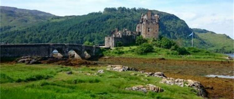 eilean donan castle north coast 500 tour