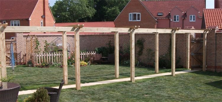 BESPOKE PERGOLA CONSTRUCTION - CAMBOURNE, CAMBRIDGESHIRE