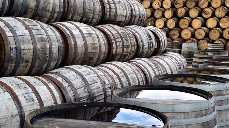 best whisky tours in scotland, best distilleries to visit