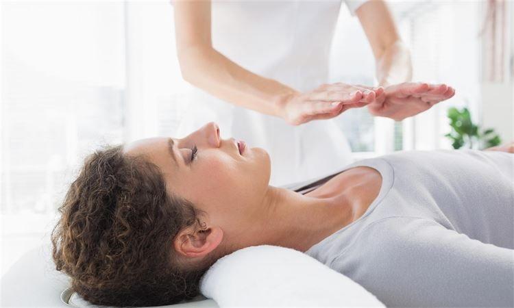 reiki healing reflexology cardiff maternity