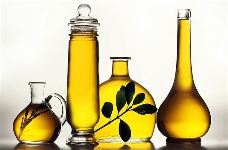 Extra Virgin Olive Oil is one of the best endowments on earth to a Healthy Diet - that's why people on the Mediteranian Diet are So Healthy!!!