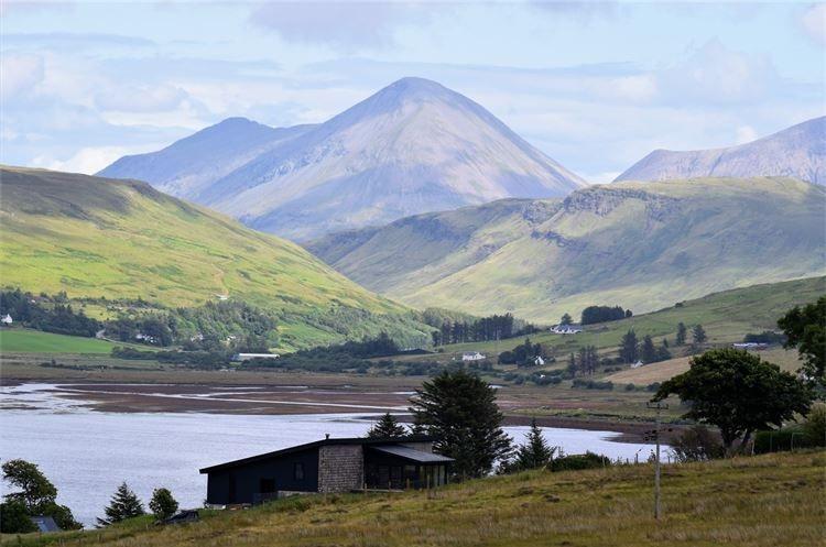 Tours to the Isle of Skye from Glasgow & Edinburgh