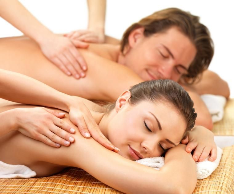 Book a relaxing Couples Massage with the BEST massage therapists.