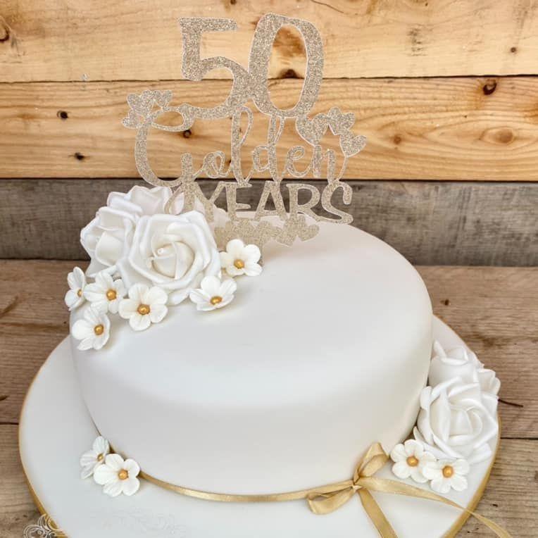 Anniversary Cake Golden Roses Pretty Flowers
