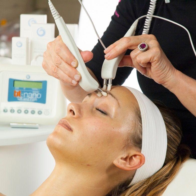 Bio Therapeutic BT Nano, Microcurrent Facial