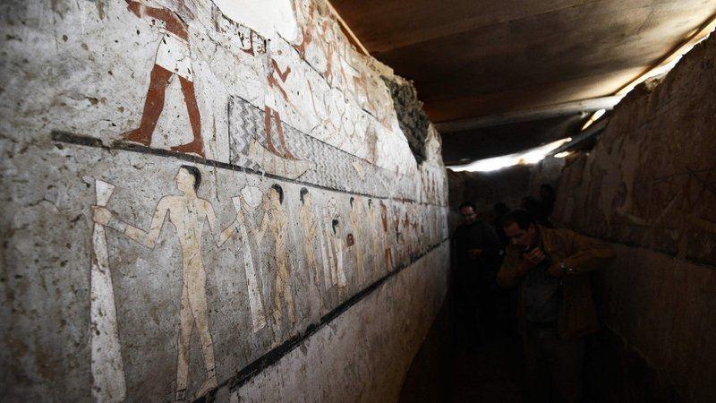Egypte: Des archéologues découvrent une tombe de 4 400 ans