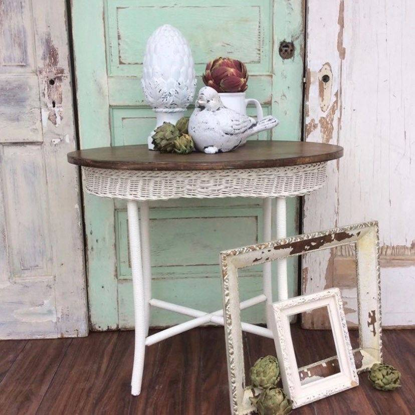 Vintage white wicker wood table to rent