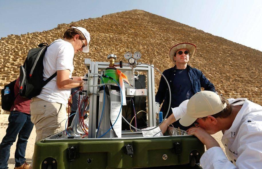 Découverte d'une nouvelle cavité dans la pyramide de Khéops
