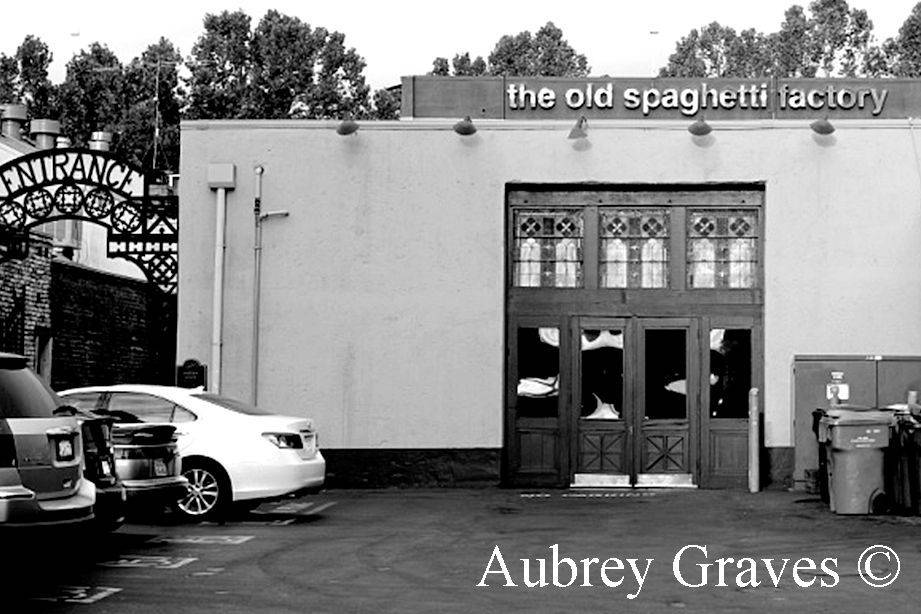 spaghetti factory ghost haunted